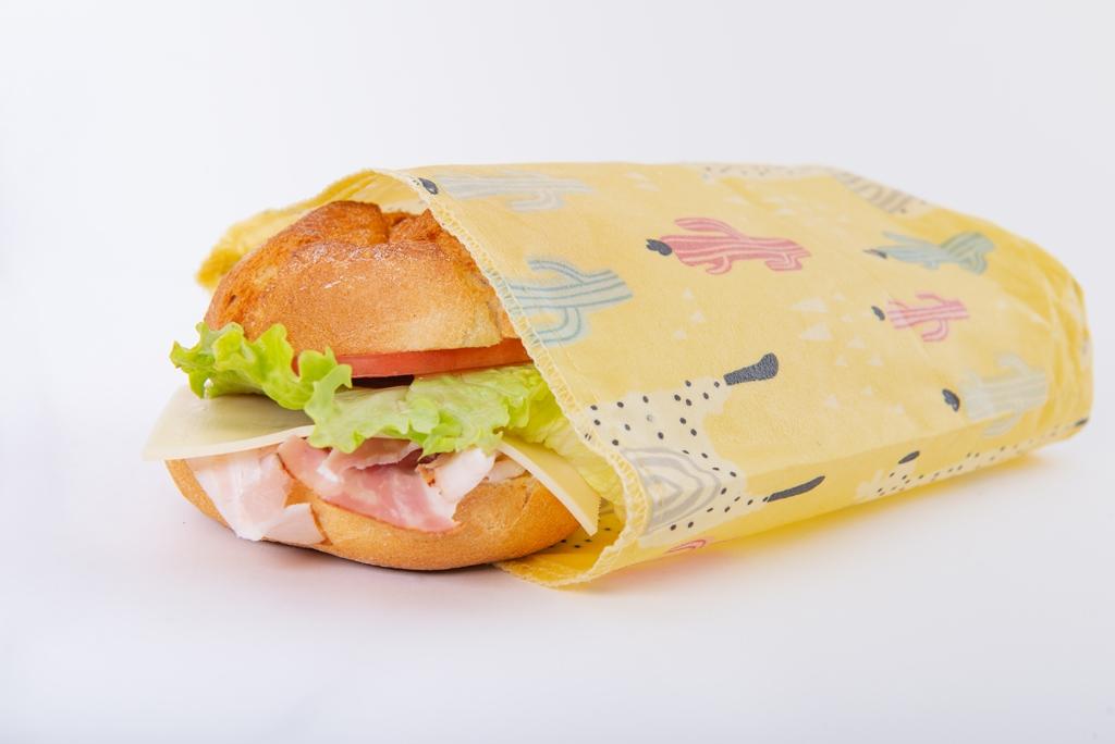 Сандвич във восъчна еко опаковка