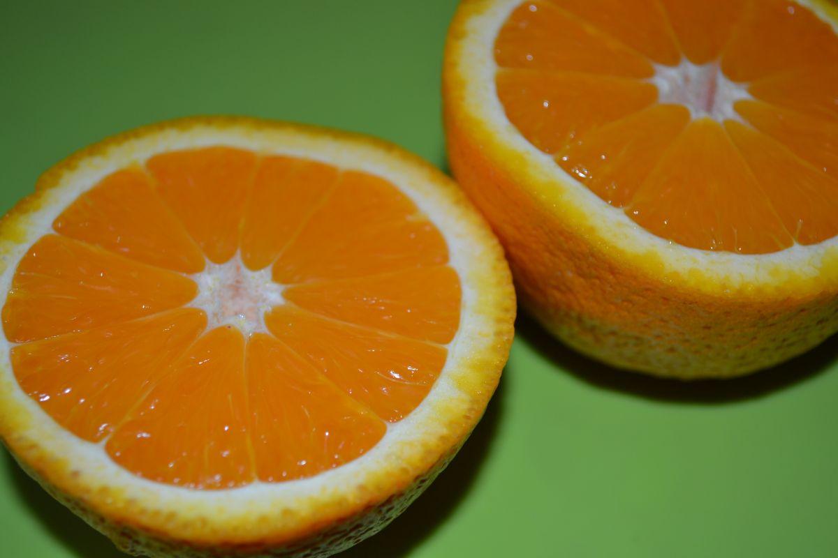 Оранжеви храни (плодове и зеленчуци)